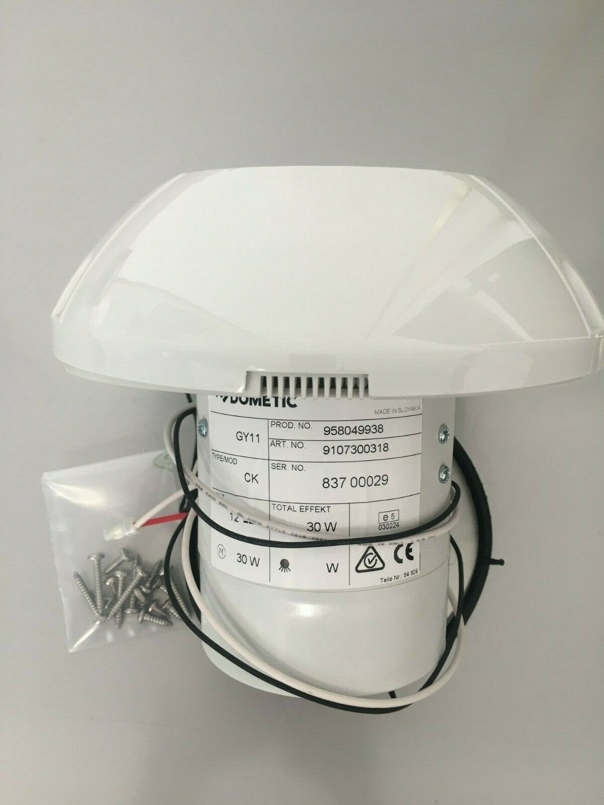 Dometic 12 Volt Roof Ventilation Gy11 12v Extractor Hood